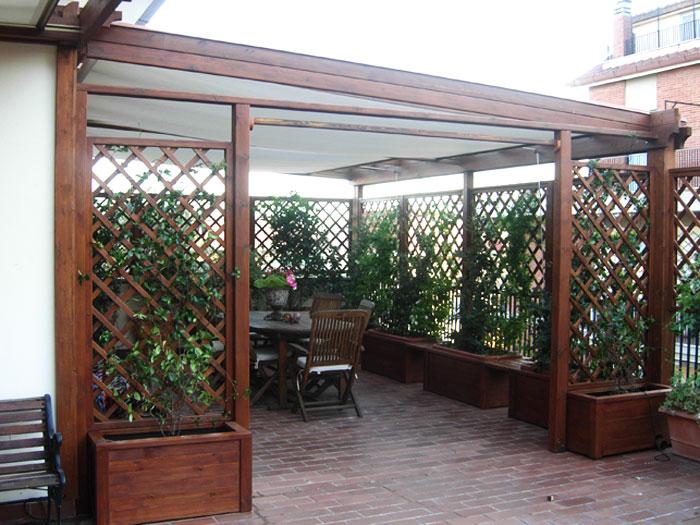 Mobili per porticato design casa creativa e mobili ispiratori - Grigliati in legno ikea ...