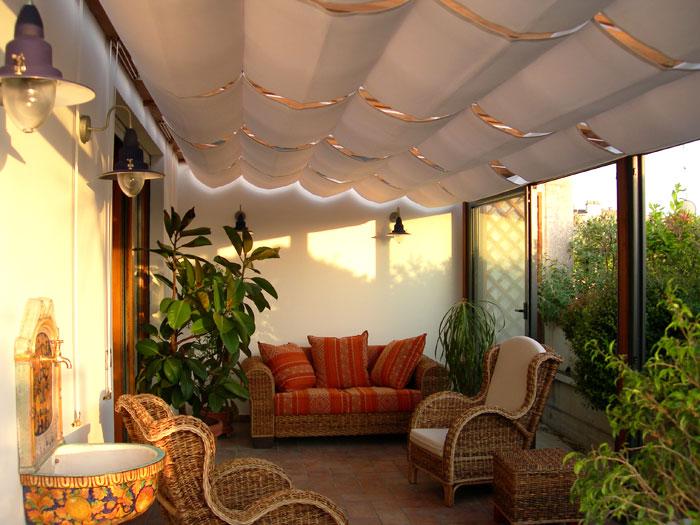 Giardini d 39 inverno metal tende - Verande da giardino in legno ...